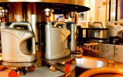 تولید ۴۲۰ میلیون لیتر روغن موتور در کشور
